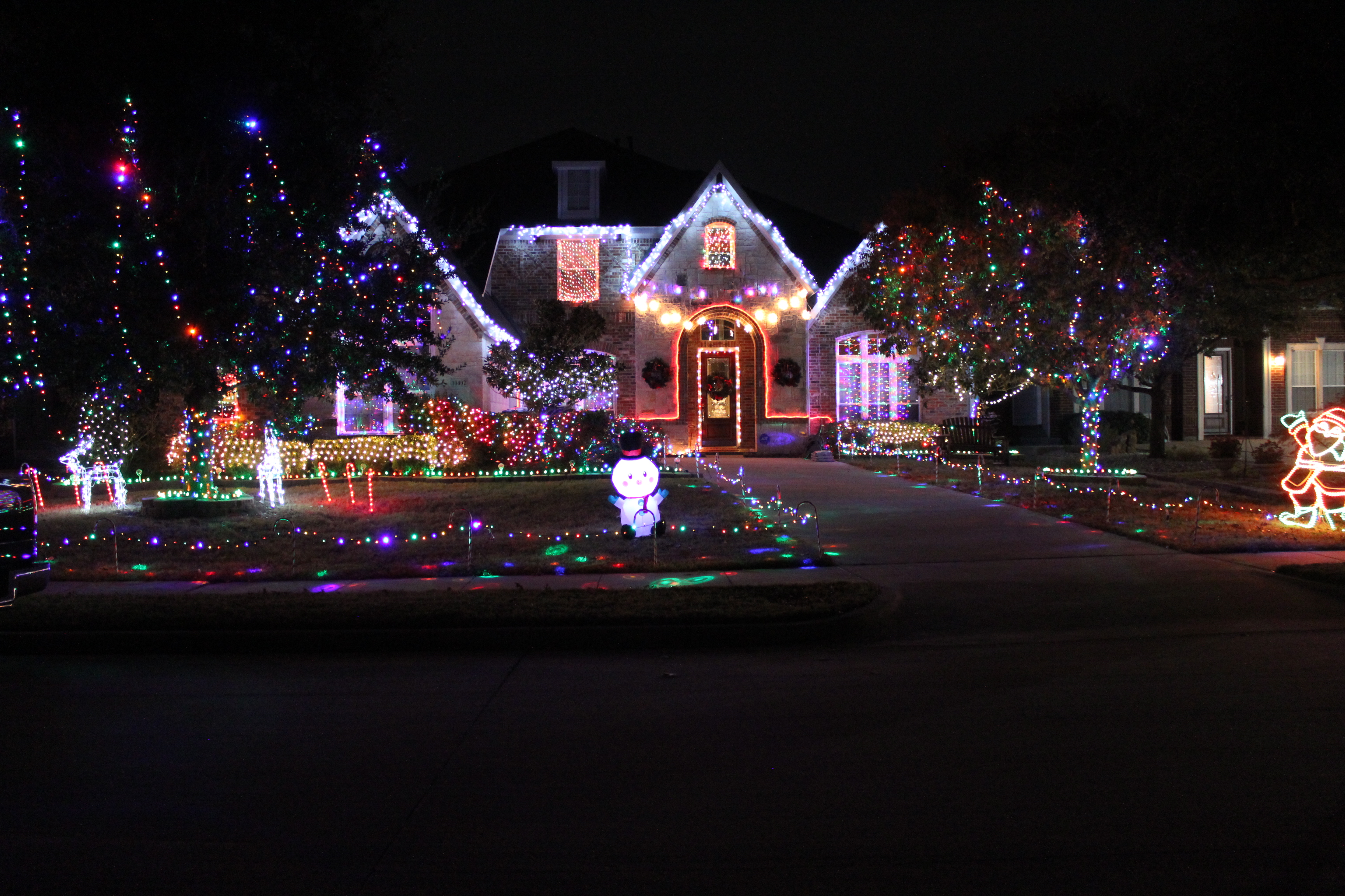 Lights at 10402 Fairway Visa Drive
